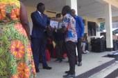 Excellence Scolaire : Du Matériels Didactiques Destinés aux Meilleurs Élèves de Douala 4e.