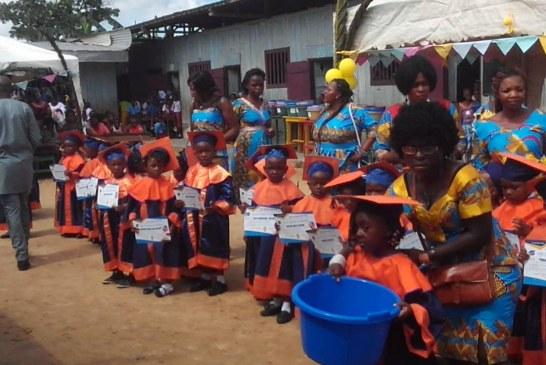 Douala -Vacances Scolaires : Les tout-petits prennent congé de leurs salles de classe