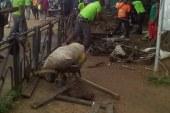 Douala – lutte contre le désordre urbain : libération de l'emprise publique au carrefour école publique Deido.
