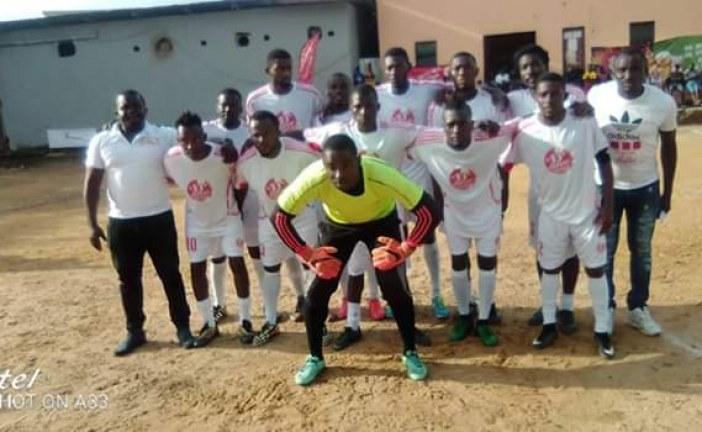 Douala – championnat de vacances de football cité des enseignants 2019:  Boulangerie st   Paul, vainqueur du tournoi.